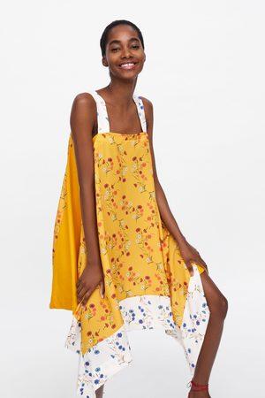 Zara Vestido assimétrico com estampado floral