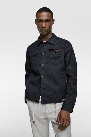 Zara Blusão rústico com bolsos