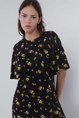 Zara Vestido curto estampado floral