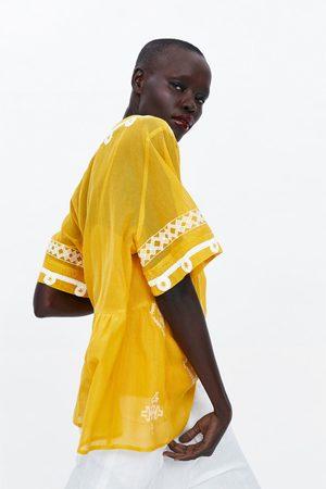 Zara Blusa de estrutura com bordados