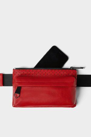 Zara Bolsa de cintura vermelha com detalhe de microperfurações