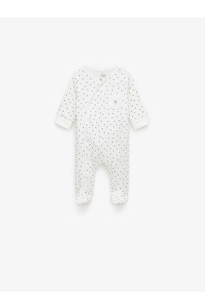Zara Pijama com estrelas