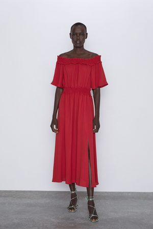 Zara Vestido com ombros descobertos