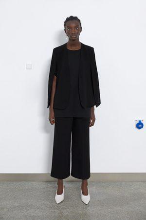 Zara Capa com aberturas