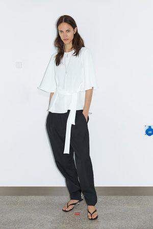 Zara Blusa fluida com laço