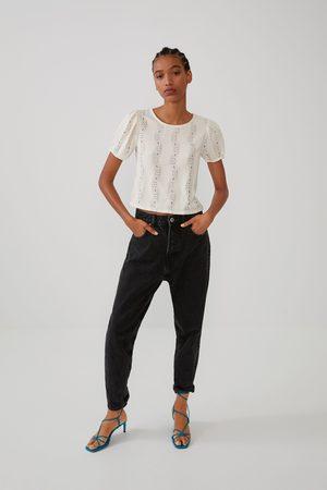 Zara T-shirt c/ pormenor de renda