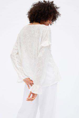 Zara Camisa rústica folhos