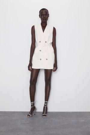 Zara Colete com botões e cinto