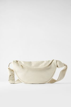 Zara Mala a tiracolo tipo bolsa de cintura de pele