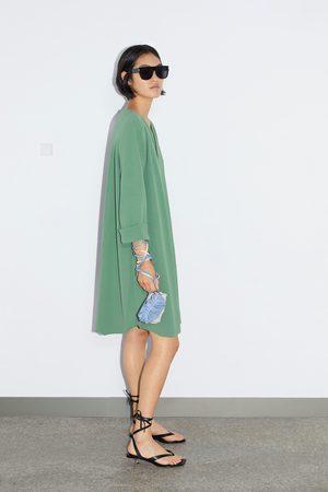 Zara Vestido curto com estrutura