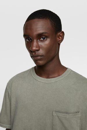 Zara T-shirt com bolso