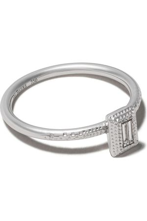 De Beers 18kt Talisman diamond baguette cut diamond ring