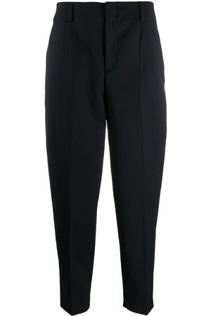 Filippa K Senhora Calças - Karlie cropped tapered trousers