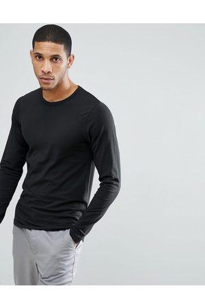 Jack & Jones Essentials long sleeve t-shirt in black