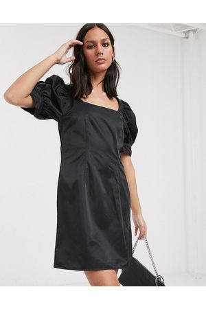 Weekday Senhora Vestidos Casual - Delana puff sleeve mini dress in black