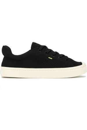 Cariuma IBI low knit sneaker