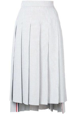 Thom Browne Senhora Saias Midi - Seersucker Pleated Skirt