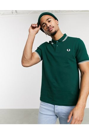 Fred Perry Twin tipped logo polo in green