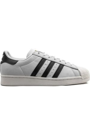 adidas Superstar ADV low-top sneakers
