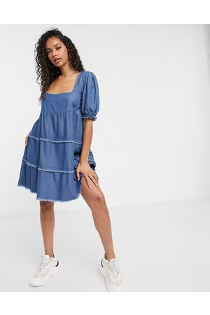 Missguided Denim smock dress with square neck-Blue