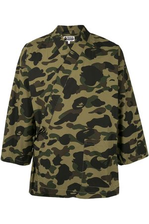 A BATHING APE® Camouflage print kimono shirt