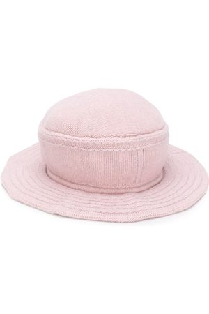 Barrie Curved peak hat