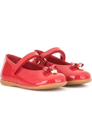 Dolce & Gabbana Menina Sabrinas - Touch-strap bow-charm ballerina shoes