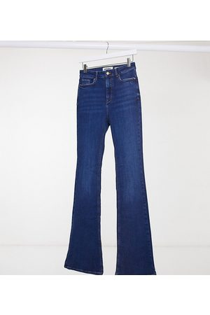 New Look Flared jeans in mid blue