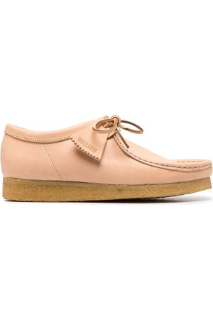 Clarks Signature tag lace-up shoes