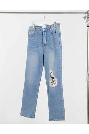 ASOS DESIGN Dad jeans in vintage mid 90's wash with knee rip-Blue