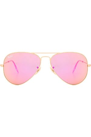 Ray-Ban Aviator Flash Lenses in - Pink. Size all.