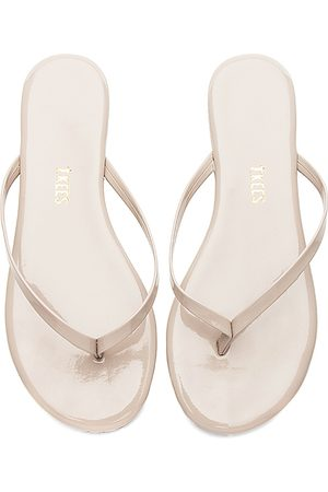 Tkees Glosses Flip Flop in - Nude. Size 10 (also in 5, 6, 7, 8, 9).