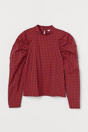 H&M Blusa com mangas tufadas