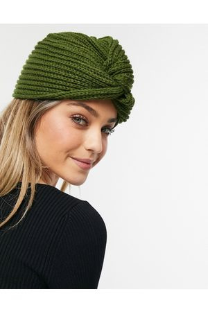 Glamorous Ribbed wrap hat in khaki-Green
