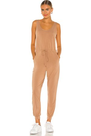 Commando Senhora Macacões - Butter Tank Lounge Jumpsuit in - Tan. Size L (also in XS, S, M).