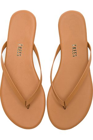 Tkees Foundations Matte Flip Flop in - Brown. Size 5 (also in 6, 7).