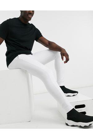 Brave Soul Skinny jogger in white