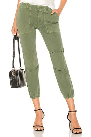 NILI LOTAN Senhora Calças Cargo - Cropped Military Pant in - Green. Size 0 (also in 2, 4, 6, 8).
