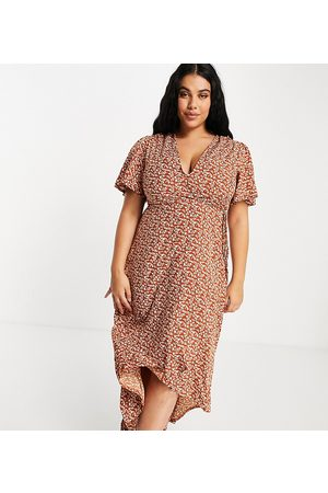 Missguided Midi wrap dress with high low hem in rust-Orange