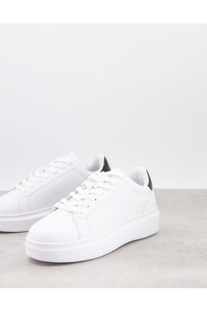 Truffle Collection Minimal chunky trainers in white