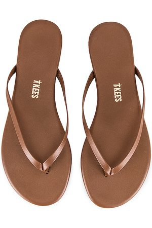 Tkees Foundations Shimmer Flip Flop in - Brown. Size 6 (also in 7, 9).