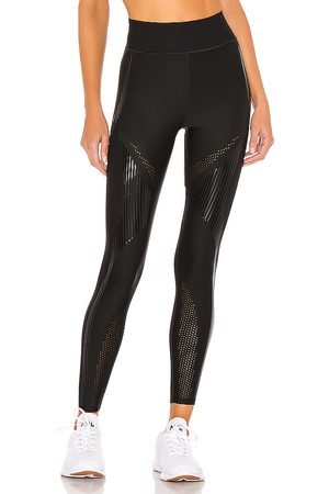 ULTRACOR Palisades Ultra High Legging in - Black. Size L (also in S, XS).
