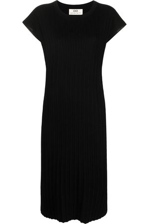 Sminfinity Pleated short-sleeved knitted dress