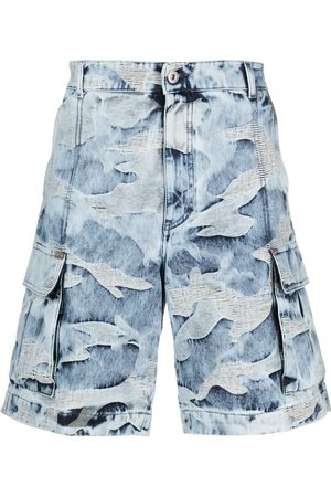 VALENTINO Homem Bermudas - Camouflage-pattern bermuda shorts