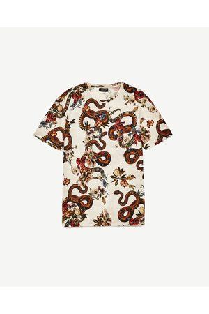 Homem T-shirts & Manga Curta - Zara T-SHIRT FLORES E SERPENTES - Disponível em mais cores