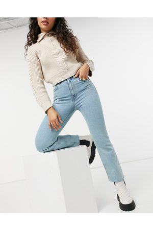 ASOS DESIGN High rise stretch 'effortless' cropped kick flare jeans in pretty lightwash-Blue