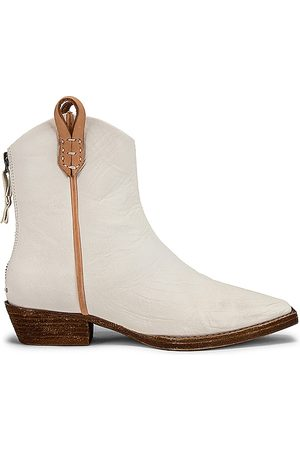 Free People Senhora Botins - X We The Free Wesley Ankle Boot in - Ivory. Size 41 (also in 37.5).