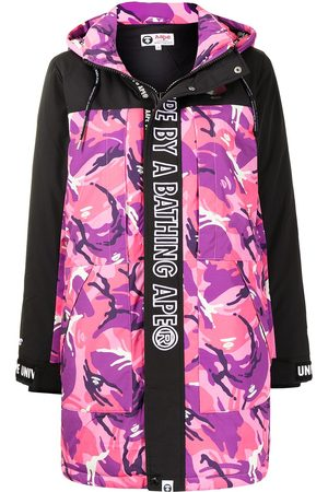 AAPE BY A BATHING APE Senhora Casacos de Inverno - Graphic-print hooded padded coat