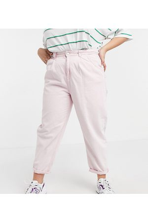 Urban Bliss Plus Loose fit jean in pink