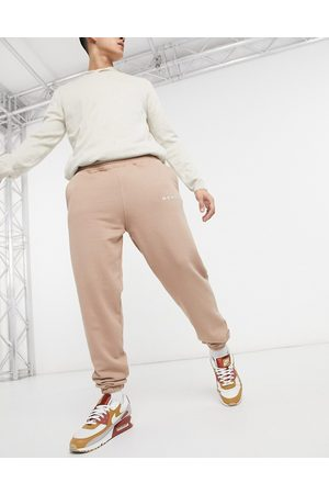 Mennace Essential regular joggers in stone